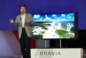 Kaz Hirari bei der Vorstellung des 4K-Fernsehers Sony Bravia KD-84X9005