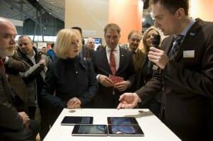 Alexander Löffler präsentiert seine Technologie