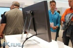 Samsung 4K Monitor Rückansicht mit 4 USB-Anschlüssen