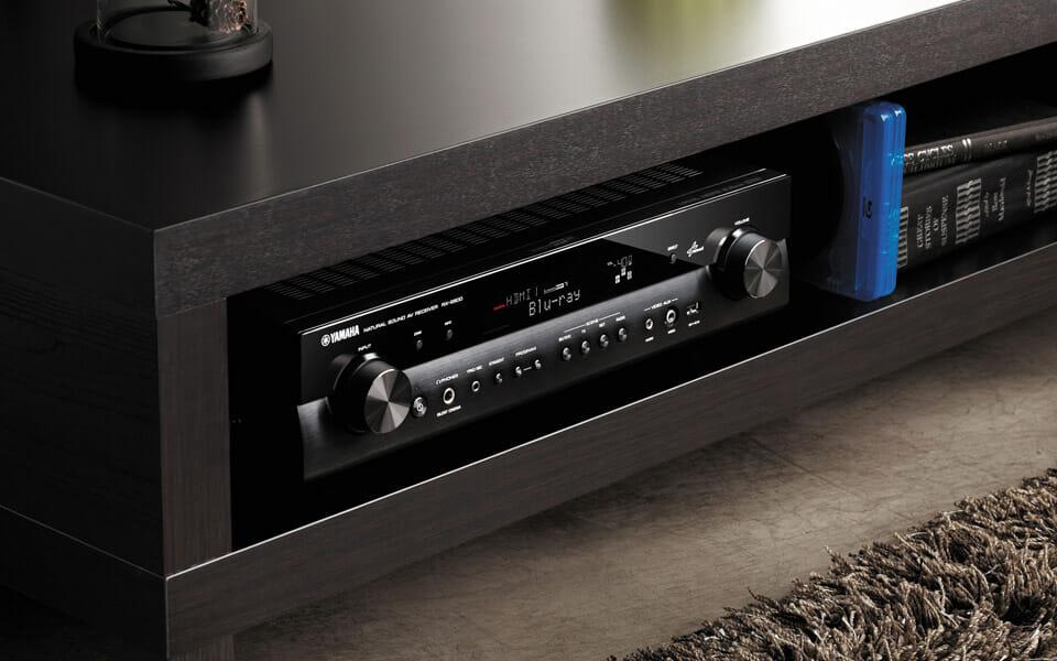 Monitor Yamaha Cm V