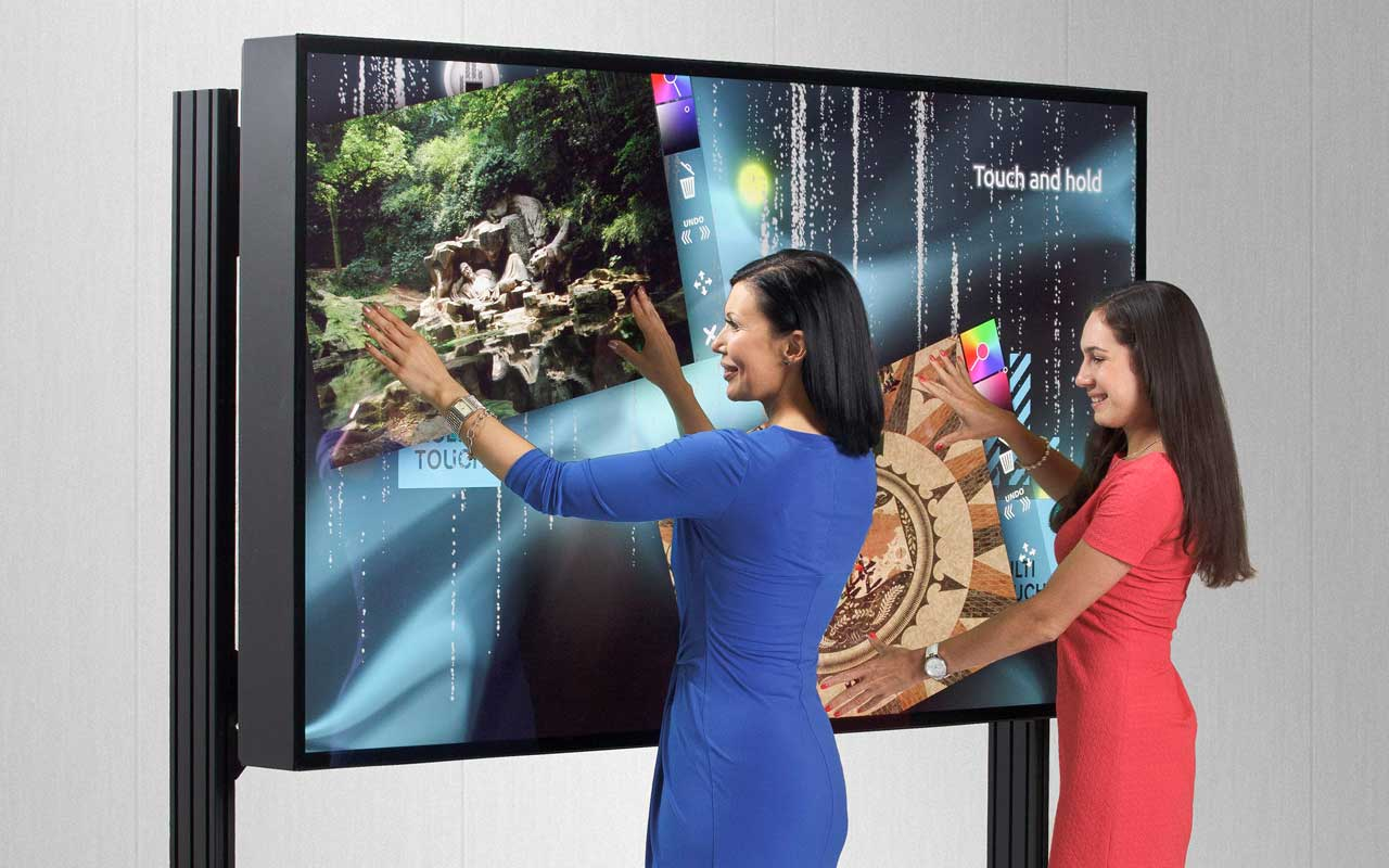 84 Zoll Ultra HD Multitouch Display