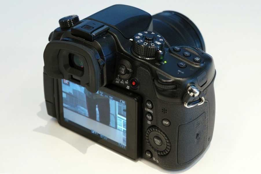 Panasonic DMC-GH4 Kamera Bedienelemente und Touchscreen
