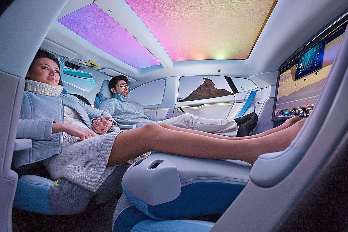 fahrerloses Konzeptauto XchangE mit 32 Zoll 4K Fernseher