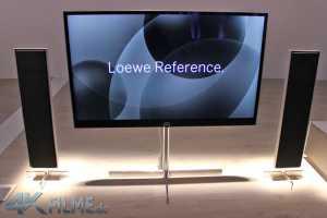 Loewe Reference 4K TV mit Standfuß