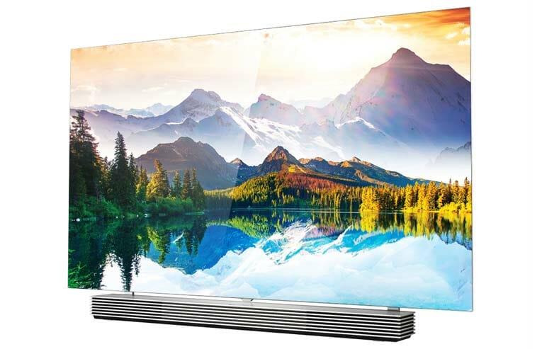 Der 55EF9800 4K OLED TV der Slim Art Serie mit flachem Display
