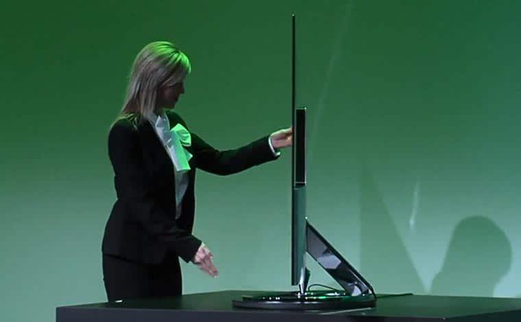 Sharp Aquos Super Slim 4K TV präsentiert auf der CES 2015