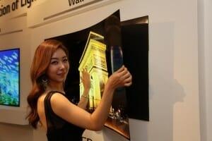 LGs Prototyp eines neuen OLED TVs ist nur 0.97mm dick