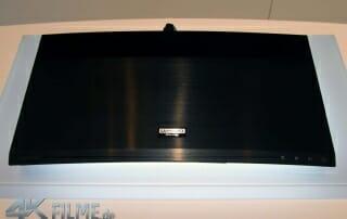 ubd-k8500-von-oben-ultra-hd-logo