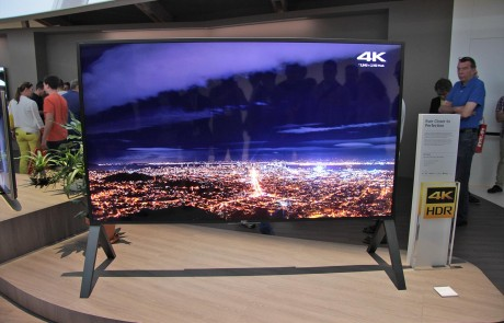 sony-zd9-100-zoll-front