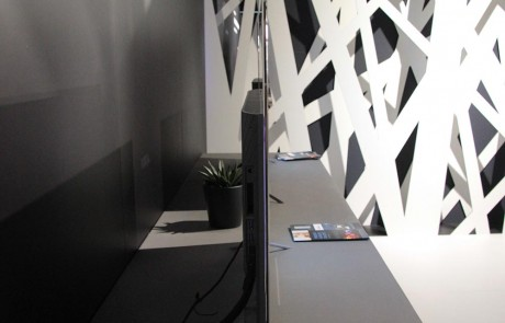 vlo-9790-slim-design