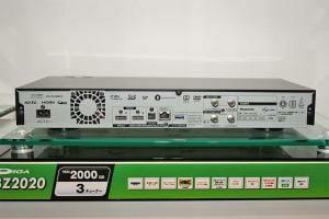 Die Anschlüsse der neuen UHD Blu-ray Disc Recorder von Panasonic Bildquelle: av.watch.impress.co.jp