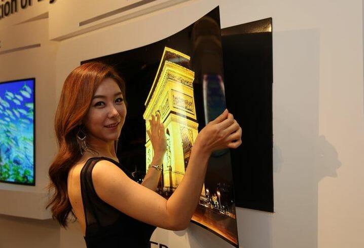 Der SIGNATURE W7 OLED TV soll dem Prototypen aus 2016 sehr ähnlich sein