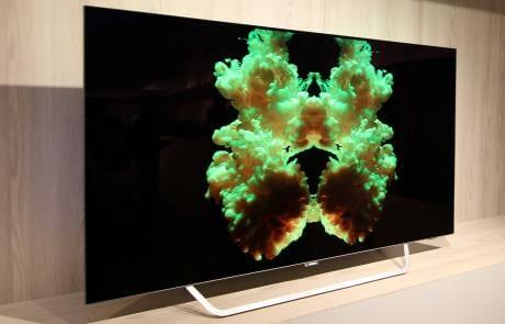 Philips neuer 4K OLED in der Perspektive