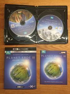 Planet Erde 2 erscheint als 4-Disc-Edition mit 2xUHD und 2xHD Blu-rays, ein kleines Begleitheft sowie einen schönen Schuber