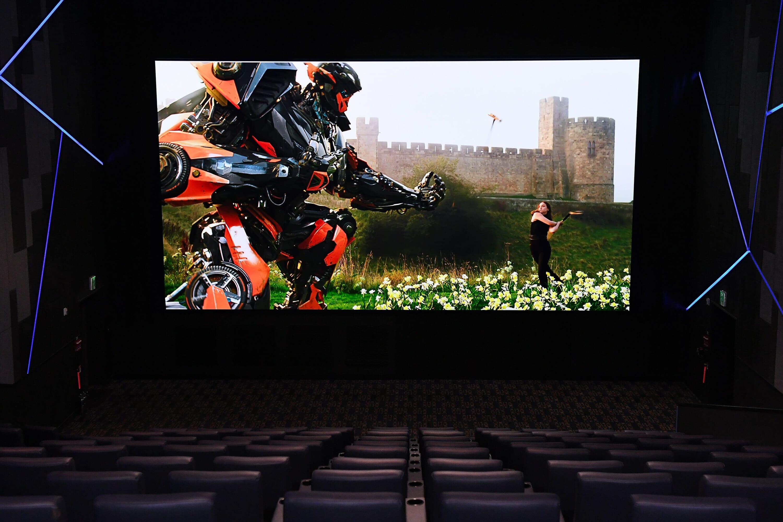 Samsung Cinema LED Display