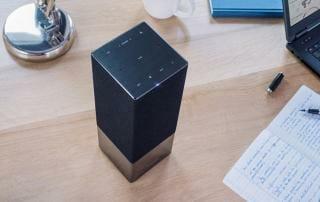Der SC-GA10 Smart-Speaker von Panasonic unterstützt Google Assistant