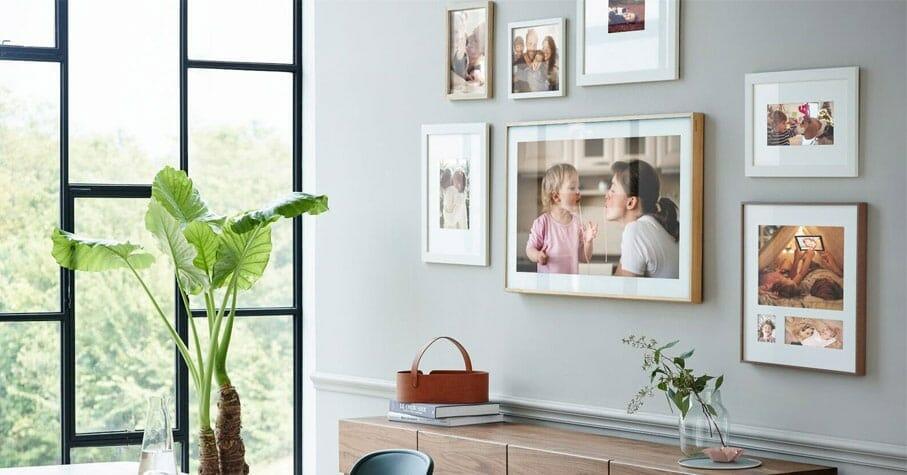 bilderrahmen tv the frame von samsung jetzt auch mit 43. Black Bedroom Furniture Sets. Home Design Ideas
