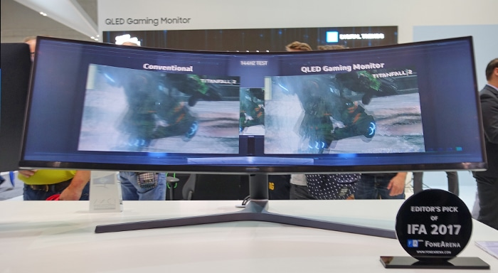 Der CHG90 Quantum Dot Montor ist ein Traum für Gamer, lässt sich aber auch gut für die Arbeit einsetzen!