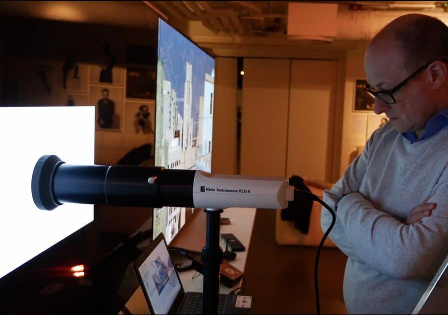 Alle 55 Zoll OLED Fernseher wurden vor dem Test nach Industrie-Standards kalibriert