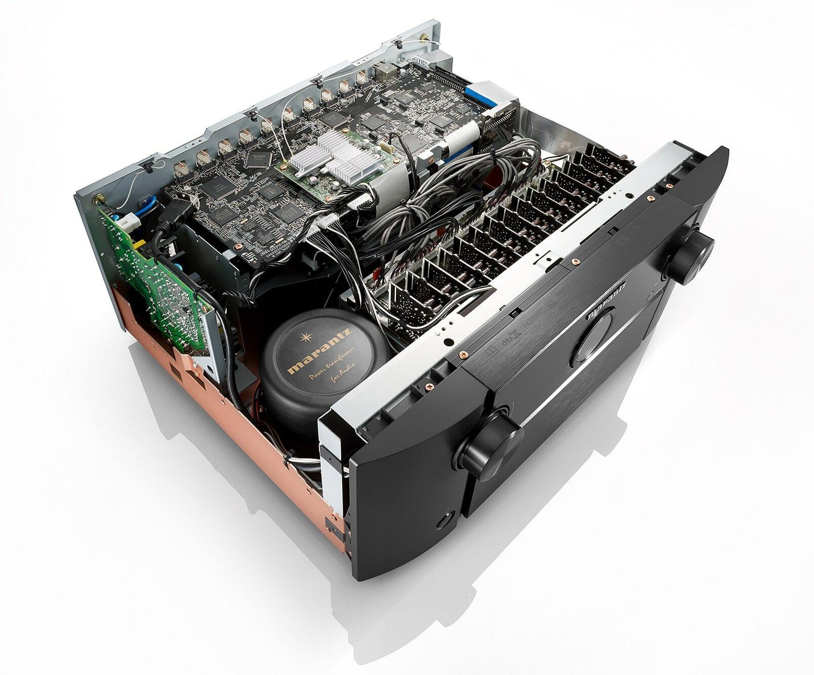 Marantz AV8805 mit 13.2 Kanal-Signalverarbeitung und Auro 3D ...