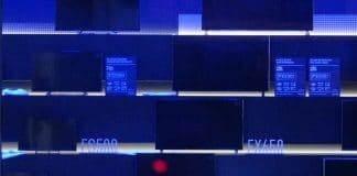 Die FSW404 (nicht im Bild) & FSW504 Modelle neben der 4K-Einstiegsserie FXW604