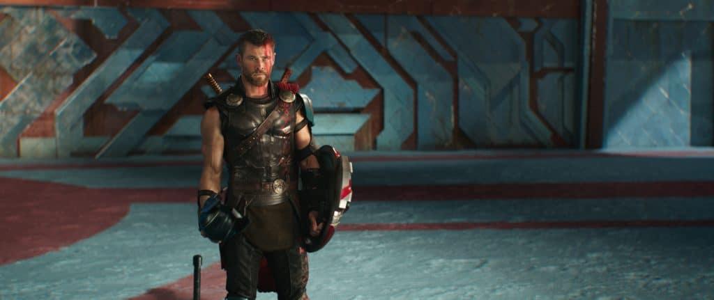 """Thor (Chris Hemsworth) ist ein Gott, """"menschelt"""" aber so schön über den gesamten Film hinweg."""