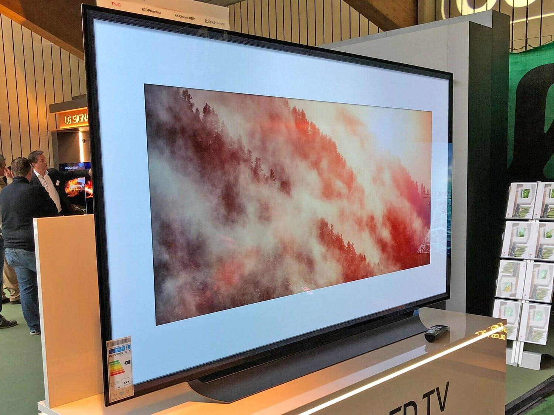 lg oled tvs 2018 mit alpha 9 prozessor und hfr lg roadshow 4k filme. Black Bedroom Furniture Sets. Home Design Ideas