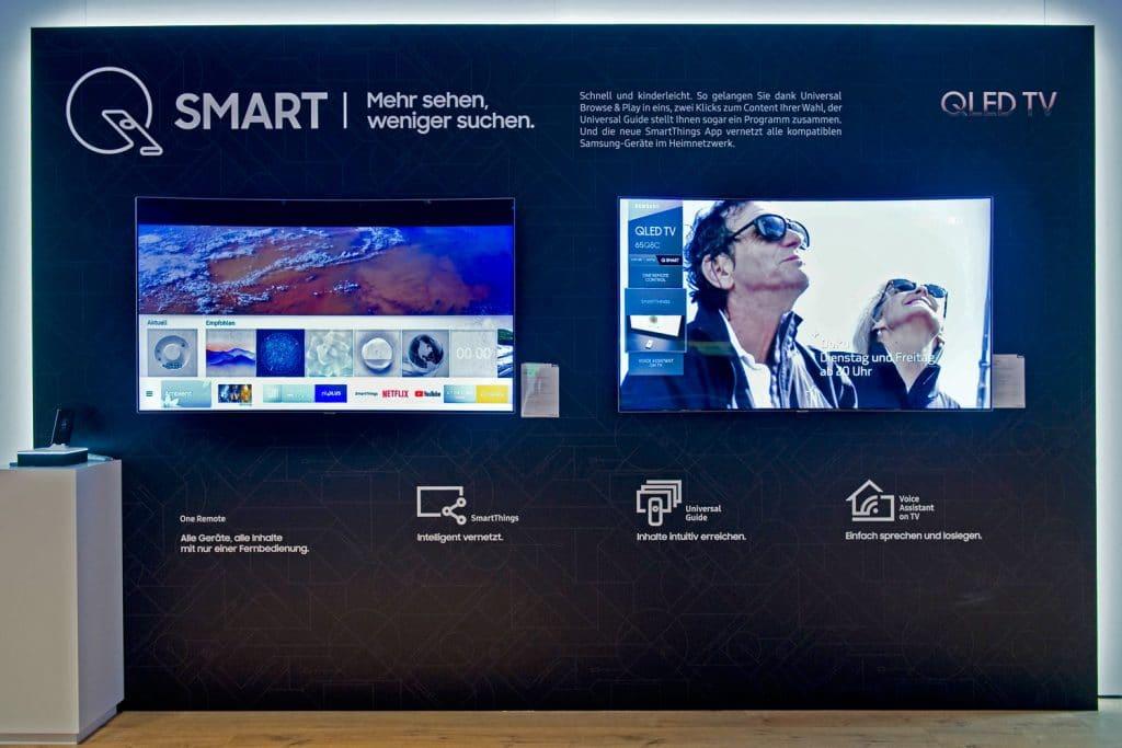 Das Q Smart Ecosystem setzt auf eine einfache Bedienung mit der One Remote, SmartThings-Integration, den neuen Universal Guide sowie die Bedienung mit dem Sprachassistenten Bixby