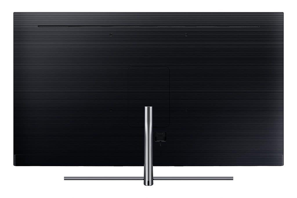 Auf der Rückseite des Q7FN fehlt eine Aussparung für die Anschlüsse. Die Fernseher werden somit wohl mit einer One Connect Box ausgeliefert