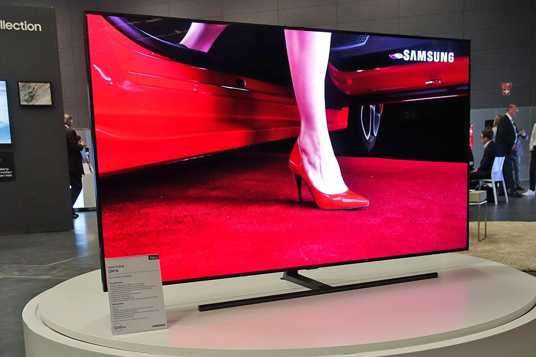 Samsung Q9fn 2018 Qled Tv Mit Direktem Led Backlight Update 4k Fernseher