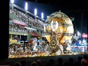 "Das ""Carnival in Rio"" Video in 8K Auflösung mit 120p lief perfekt auf Sonys Crystal-Micro-LED-Display / Bildquelle: www.displaydaily.com"