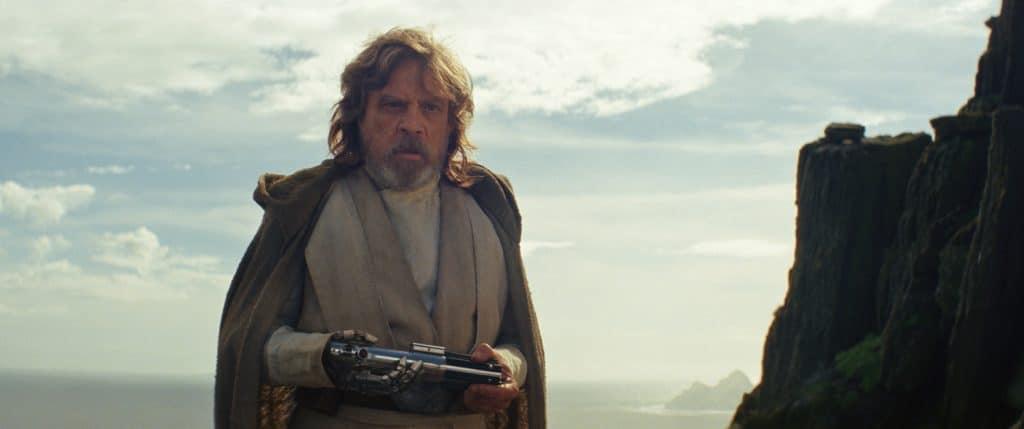 Luke Skywalker (Mark Hamill) ist zurück. Fans freuen sich, doch die anderen Figuren werden dadurch in den Hintergrund gedrängt