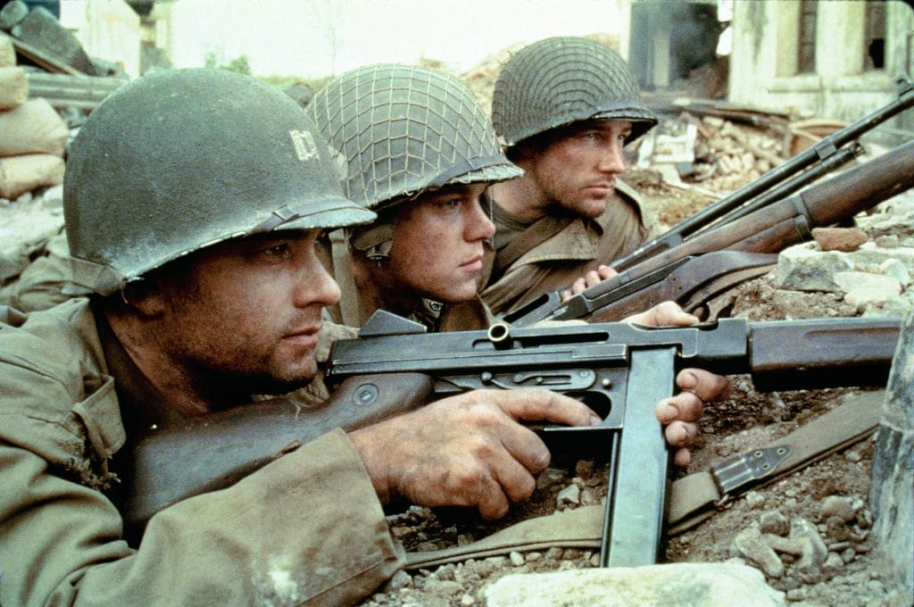 Kapitän John H. Miller (Tom Hanks), Private James Ryan (Matt Damon) und Richard Reiben (Edward Burns)
