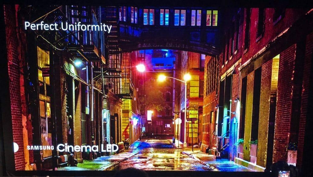 """Mit erhöhten Kontrasten kommen auch die Farben so richtig zur Geltung. Hier handelt es sich """"nur"""" um einen Slide einer Präsentation, also nicht mal um ein HDR-Video"""