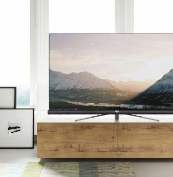 Der TCL C76 beeindruckt mit einem schlanken LCD-Display und einem Soundbar von JBL