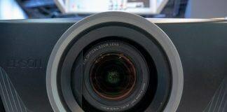Neue UHD-Projektoren von Epson: EH-TW7400 & EH-TW9400