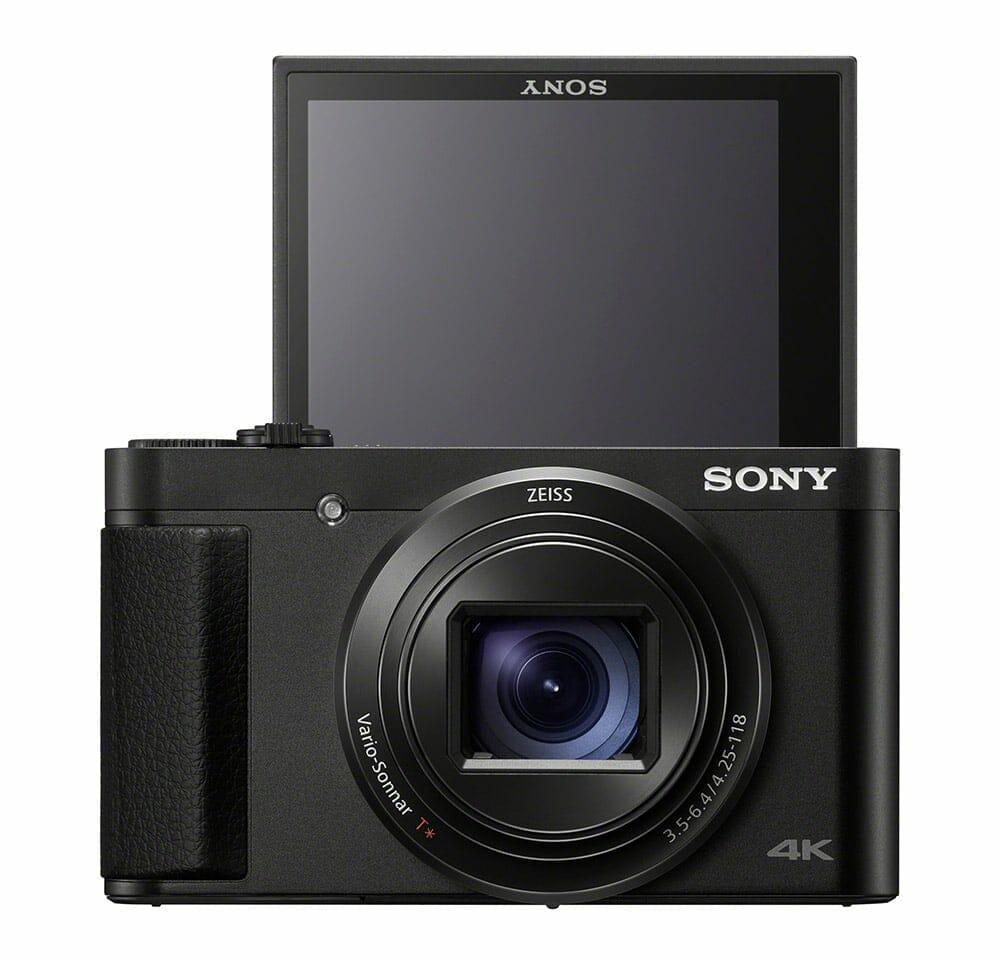 Der LCD-Bildschirm (DSC-HX99 inkl. Touch) kann für Selfies nach oben geklappt werden.
