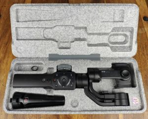 Zhiyun Smooth 4 in Verpackung