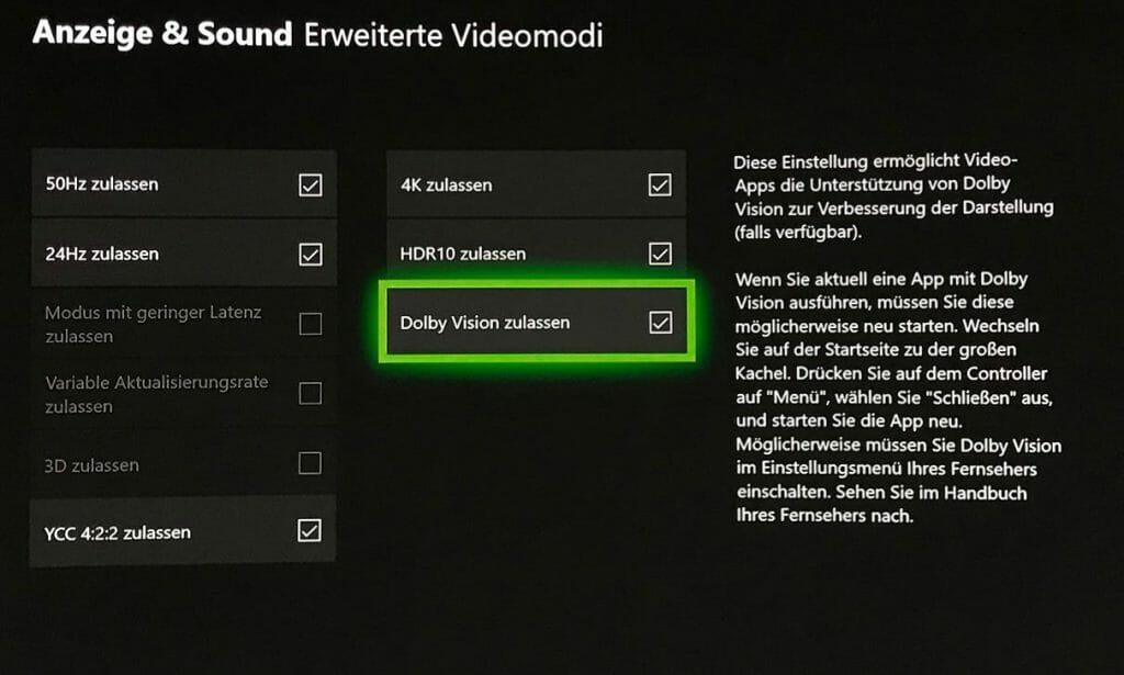 In den Bildeinstellungen der Xbox One (S & X) muss nur ein Häkchen gesetzt werden, schon kann Dolby Vision via App ausgegeben werden.