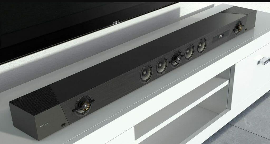 Der Sony HT-ST5000 sieht nicht nur gut aus, sondern soll auch noch gut klingen