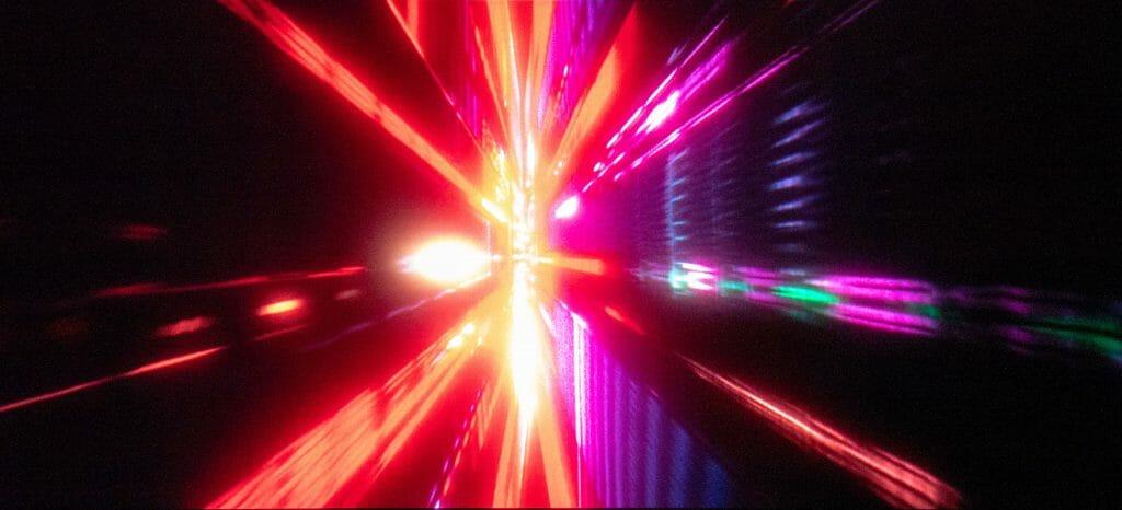 """Der Ton unterstreicht """"2001: Odyssee im Weltraum"""" perfekt. Klassische Musik, Passagen ganz ohne Dialog oder beklemmende vocale Arien machen richtig Stimmung"""