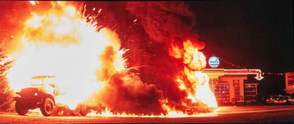 Die Explosionen werden sehr detail- und kontrastreich dargestellt und liefern auch etwas mehr Farbe!