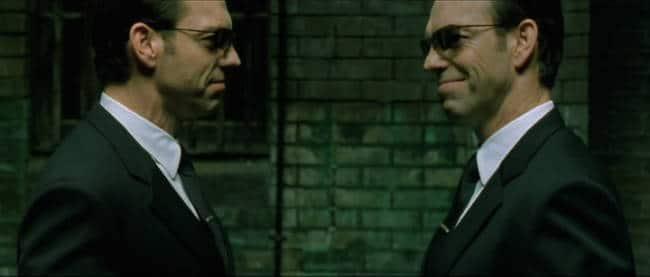 Man versteht sich selbst immer noch am besten. Gestattet Mr. Smith und Mr. Smith
