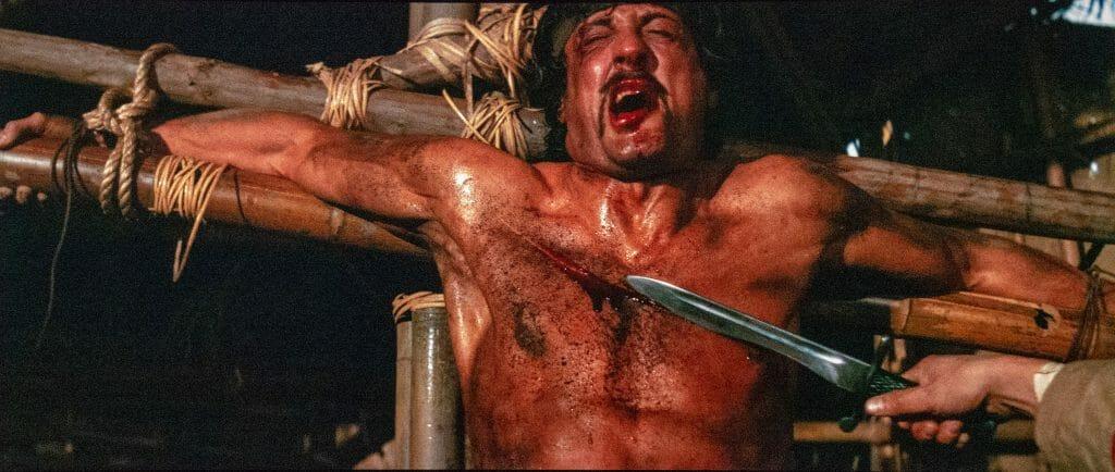 Flashbacks von seiner Gefangenschaft in Vietnam quälen Rambo
