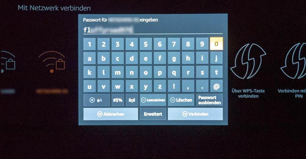 Die Einrichtung des Fire TV funktioniert einfach und intuitiv. Wir fragen uns jedoch, wieso die WLAN Passwörter nicht versteckt eingegeben werden können.
