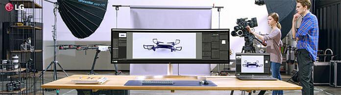 Der LG 49L95C bietet massig Platz für Anwendungen