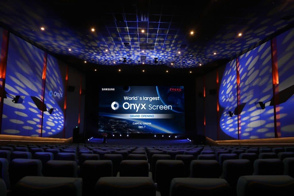 Neue Kino-Technologien wie z.B. die Samsung Onyx LED-Kinoleinwand könnten den technischen Rückstand zu Fernsehern und Projektoren im Heimkino wieder einholen