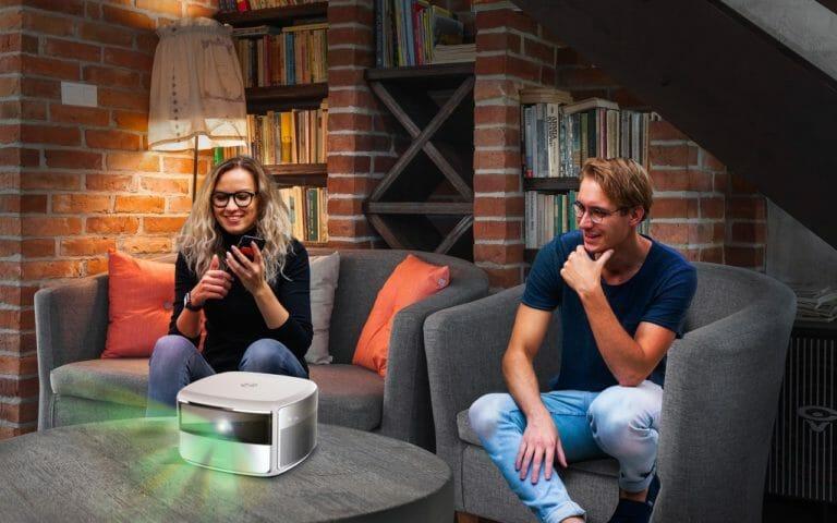 Der S4 bietet bereits Full HD Auflösung und unterstützt den erweiterten Dynamikumfang (HDR)