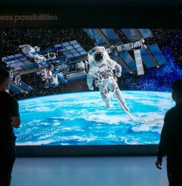 Samsung 219 Zoll (5.56 Meter) The Wall 2019 zeigt, dass es fast keine Grenzen für die Micro LED Technologie gibt