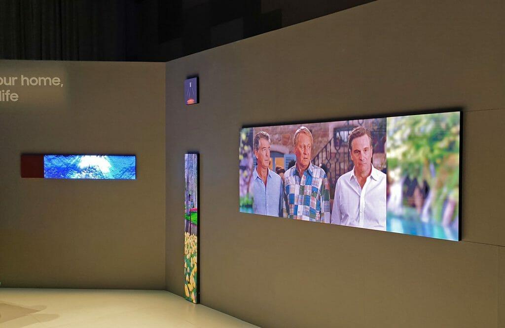 Samsung präsentierte auch ungewöhnliche Bildformate um die flexiblen Einsatzmöglichkeiten der Micro-LED-Displays vorzuführen.